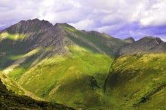 Изрезанные верхние части горы Стоковые Изображения