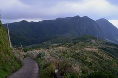 Изрезанный ландшафт северозападного побережья острова орхидеи Lanyu стоковые фотографии rf