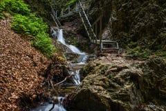 Изумительные водопады в Janosikove Diery стоковая фотография rf