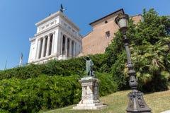 Изумительный взгляд алтара della Patria Altare отечества, известного как национальный монумент к Victo Стоковые Изображения RF