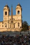 Изумительный взгляд захода солнца испанских шагов и Аркады di Spagna в городе Рима, Италии Стоковое фото RF