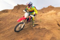 Изумительный всадник Motocross стоковое изображение rf