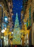 Изумительный художник ` Artista ` Luci d ` освещает в Salerno во время времени рождества, кампании, Италии Стоковое Изображение