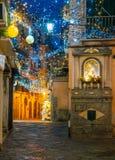 Изумительный художник ` Artista ` Luci d ` освещает в Salerno во время времени рождества, кампании, Италии Стоковые Фото