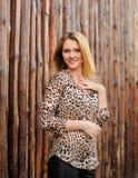 Изумительная девушка с веснушками Стоковое фото RF
