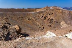 Изумительная панорама вулкана в острове Nea Kameni около Santorini, Греции Стоковые Фотографии RF