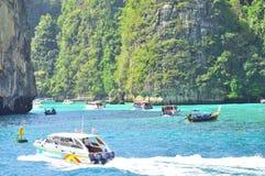 Изумительная природа и экзотическое назначение перемещения в острове Phi-Phi, Таиланде Стоковое Изображение