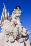 Изумительные статуи на верхней части известной улицы Augusta сгабривают в Лиссабоне - ЛИССАБОНЕ - ПОРТУГАЛИИ - 17-ое июня 2017 стоковое фото