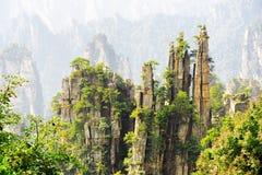Изумительные утесы фантастических гор воплощения форм Стоковое фото RF