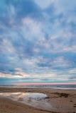 Изумительный заход солнца пляжа, Балтийское море Стоковое Изображение RF