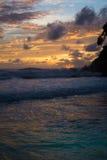 Изумительный заход солнца пляжа моря Стоковое Изображение RF