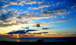 изумительный заход солнца стоковое изображение rf