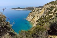 Изумительный малый пляж с открытыми морями в острове Thassos, Греции Стоковые Фотографии RF