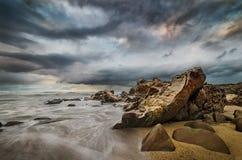 Изумительный seashore и утесистый пляж Стоковое Изображение RF