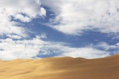Изумляя взгляд к дюне 7 Намибия стоковое изображение