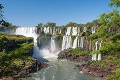 Изумляя водопад Iguassu Стоковая Фотография