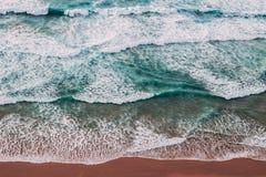 Изумляя волны Стоковые Фото