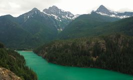 Изумрудное озеро Диабло в северном национальном парке каскадов Стоковые Изображения