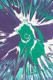 Изумруд, синь, белая краска для пульверизатора брызгает на картоне Стоковое Фото