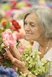 Изумленная пожилая женщина Стоковое фото RF