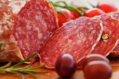 Изысканное итальянское салями еды Стоковые Фотографии RF