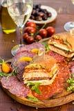 Изысканный итальянский сандвич салями Стоковые Фото