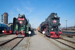2 из локомотива пара P-36, LV-18 на железной дороге в октябре святой petersburg Стоковые Фотографии RF