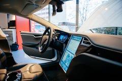 Излучения электрического автомобиля нул модели s Tesla стоковое фото