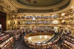 Иконический книжный магазин 'El Ateneo', Буэнос-Айрес, Аргентина стоковое изображение rf