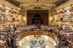 Иконический книжный магазин 'El Ateneo', Буэнос-Айрес, Аргентина стоковое фото