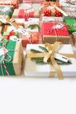 иконы элементов рождества шаржа календара пришествия приурочивают различное Подарки для календаря рождества Белое backgro Стоковое Изображение