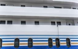 Иллюминаторы корабля большого корабля Стоковое фото RF