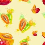 Иллюстрация акварели манго и папапайи в выплеске сока изолированном на желтой предпосылке картина безшовная иллюстрация вектора