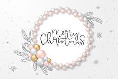 Иллюстрация вектора приветствуя шаблона знамени с ярлыком литерности руки - веселым рождеством - с шариками, безделушками иллюстрация штока