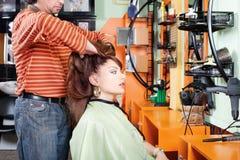 имел салон массажа волос Стоковая Фотография