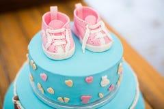 Именниный пирог ребенка Украшенный для детей Стоковые Изображения RF