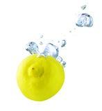 лимон под водой Стоковые Фотографии RF
