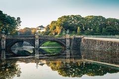 Имперский мост в Токио, Япония Seimon Ishibashi дворца стоковое фото