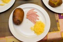 Ингридиенты для варить заполненные картошки детьми Стоковое Изображение