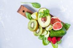Ингридиенты для зеленого сока smoothies вытрезвителя Стоковое Изображение RF
