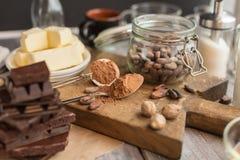 Ингридиенты для торта какао Стоковые Изображения