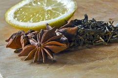 Ингридиенты для хорошего чая Стоковые Фотографии RF