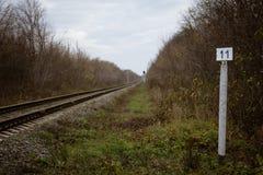 Индексируйте одиннадцатого километра железной дороги стоковые фотографии rf