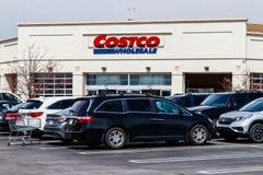 Индианаполис - около апрель 2018: Положение оптовой продажи Costco Оптовая продажа Costco розничный торговец многомиллиардного до Стоковая Фотография RF