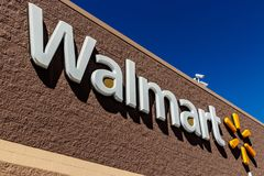 Индианаполис - около март 2018: Положение розницы Walmart Walmart американская Транснациональная компания Розница Корпорация II стоковые фото