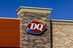 Индианаполис - около сентябрь 2017: Положение фаст-фуда розницы ферзя молокозавода DQ дочерняя компания Беркшира Hathaway VIII Стоковые Изображения