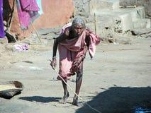индийская старая соплеменная женщина села Стоковое Изображение RF