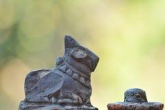 Индийская статуя камня бога стоковая фотография