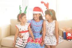 Индийские дети празднуя рождество Стоковые Изображения