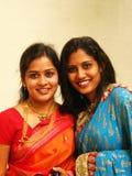 индийские милые сестры стоковое изображение rf